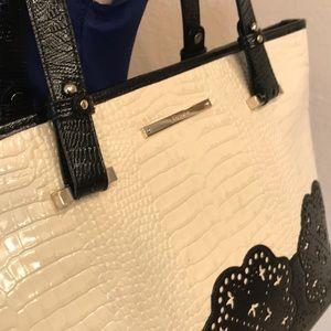 New condition gorgeous Brahmin bag